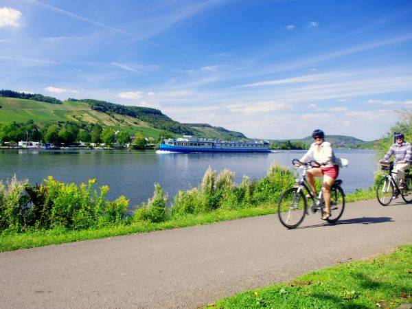 Cycling Holidays - Bike & Barge:  Koblenz to the Saar